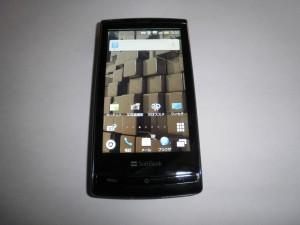 【GALAPAGOS (003SH)特集】 第1回 : 噂の3D携帯、ファーストインプレッション!
