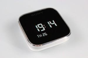 【アクセサリー】これはガジェット好き垂涎のアイテム!スマホと連携する腕時計「SmartWatch MN2」をレビュー!